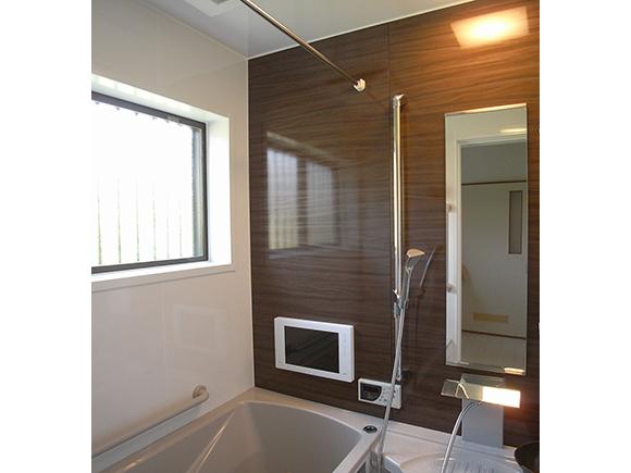 特殊サイズの浴室/バスルームリフォーム