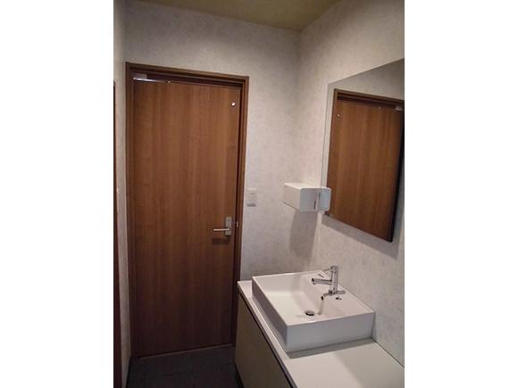 和式トイレを洋式シャワートイレに/トイレリフォーム